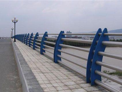 南雄不锈钢桥梁护栏