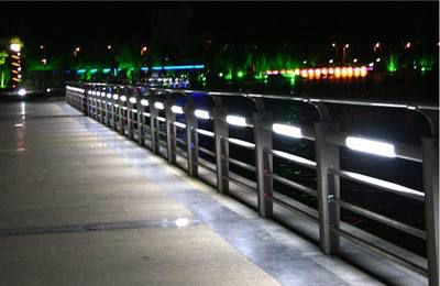 南雄灯光护栏